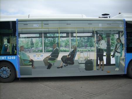 La creatividad no tiene límites… y el bus tampoco