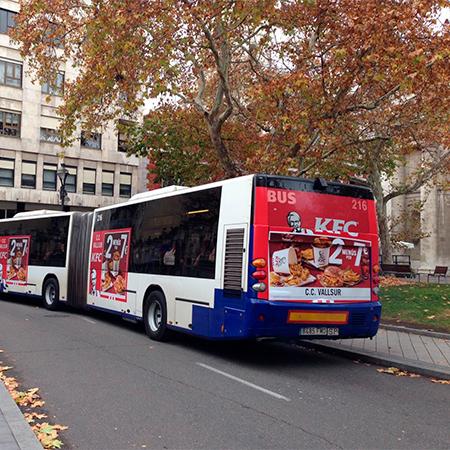 publicidad lateral trasera autobus